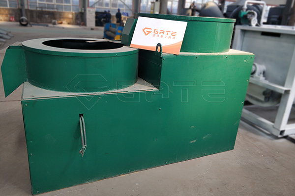 Why do customers choose Gate casting machine for fertilizer?