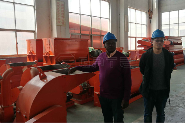 chicken manure organic fertilizer machine ordered by zambia customer