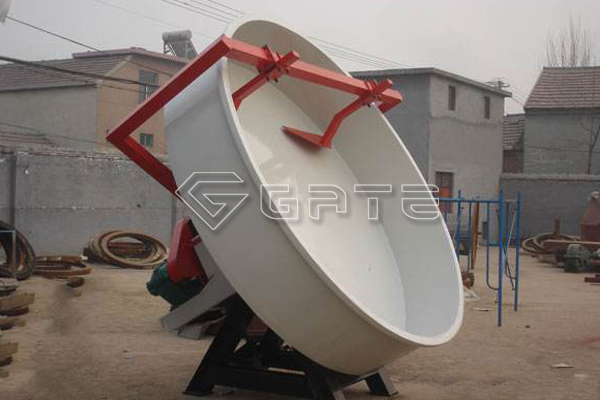 How does chicken manure disc granulator fertilizer granulate?