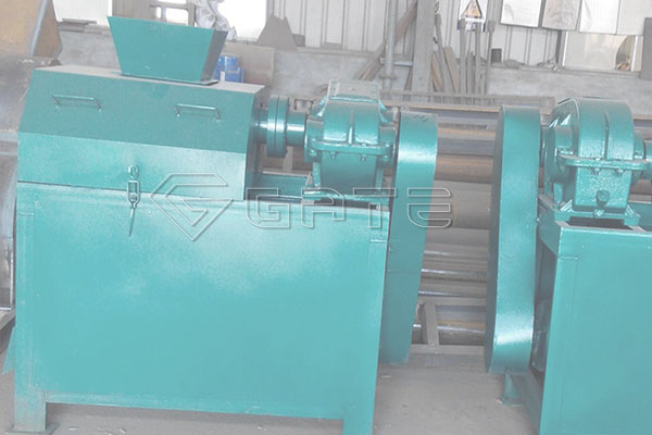 Five stages of production of organic fertilizer by the roll granulator