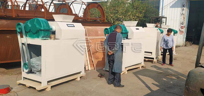 double-roller-fertilizer-machine-granulator